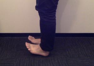 足首の動きが悪いと外反母趾になりやすい?