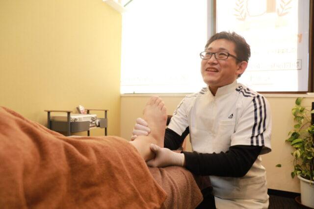 外反母趾の痛みは整体院・専門院でマッサージを受ける事が一番?